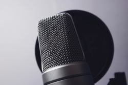 Photoshop Contest - Old microphone (1 Entry)