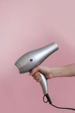 Photoshop Contest - Hair dryer (1 Entry)