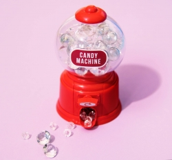 Photoshop Contest - Candy machine (1 Entry)